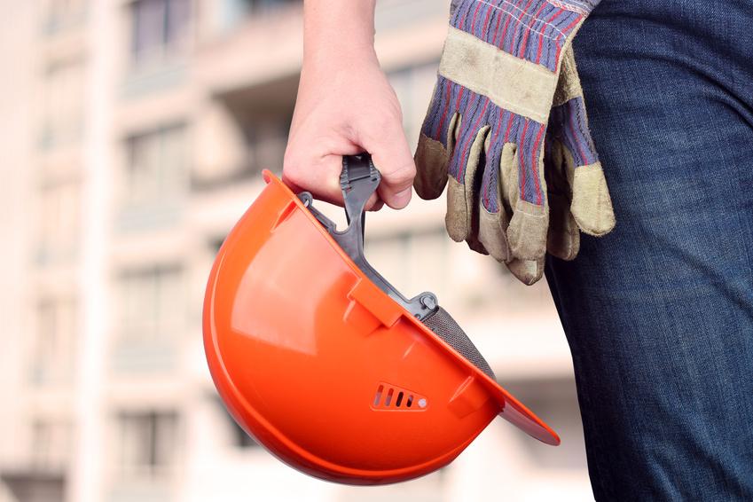 El casco es un elemento fundamental para la prevención de riesgos laborales en la construcción