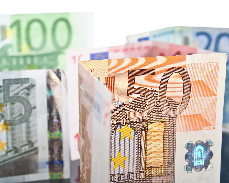 Billetes de euro. Se han tenido que tomar algunas medidas para evitar el blanqueo de capitales, como la eliminación de los billetes de 500