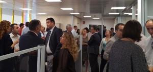 Momento de la inauguración de las nuevas oficinas de Conversia en el Prat