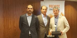 Joan Rodríguez recogiendo el Premio a Mejor Vendedor AAFF - Convención Conversia 2017
