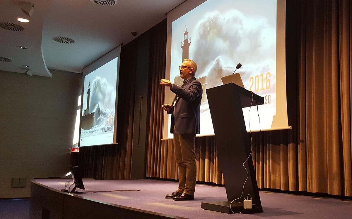 El Director General de Conversia, Alfonso Corral, durante su ponencia en la Convención 2017 de Conversia