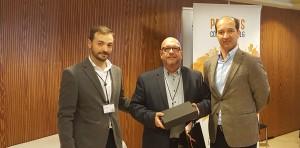 Albert Mestre recogiendo el 2º premio de la categoría de Mejor Auditor - Convención Conversia 2017