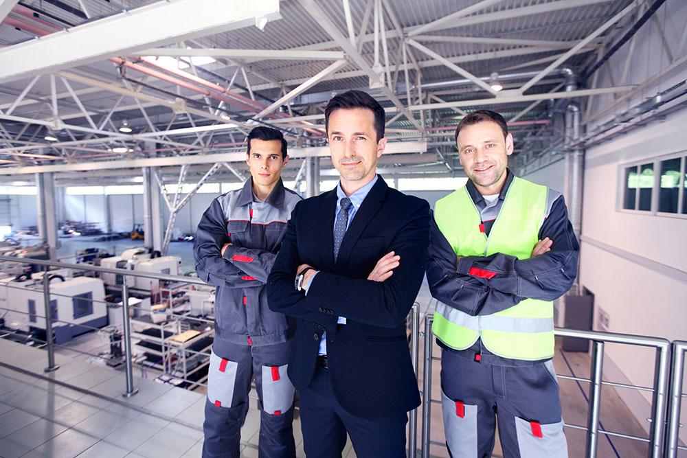 Equipo directivo de una empresa que se preocupa por la Prevención de Riesgos Laborales (PRL)