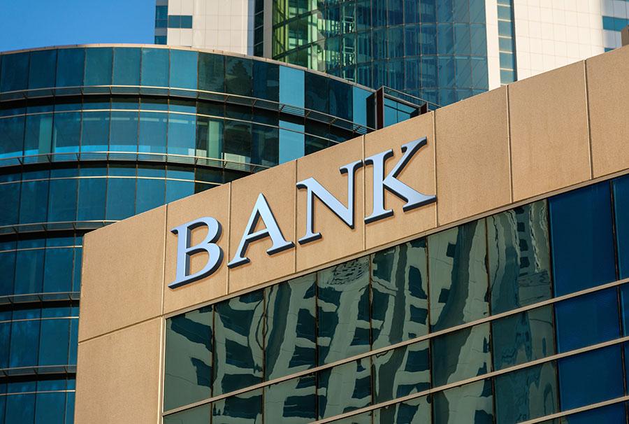Un banco irlandés multado por no detectar blanqueo de capitales