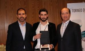 David Moral recogiendo el Premio a Mejor Vendedor AAFF en la Convención 2018 de Conversia