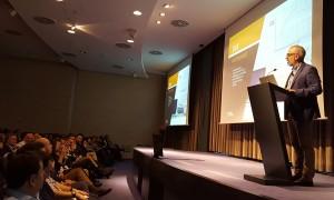 El Director General de Conversia, Alfonso Corral, durante la presentación de su Informe en la Convención 2018 de Conversia