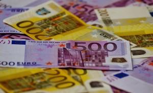 Billetes de 200 y 500€ protagonistas de post sobre blanqueo de capitales en el blog de Conversia