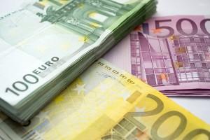 Dinero en referencia a La Agencia Tributaria presentó 72 denuncias por blanqueo de capitales en 2016