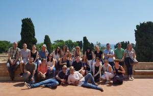 Foto de grupo de los participantes de Conversia durante la visita guiada