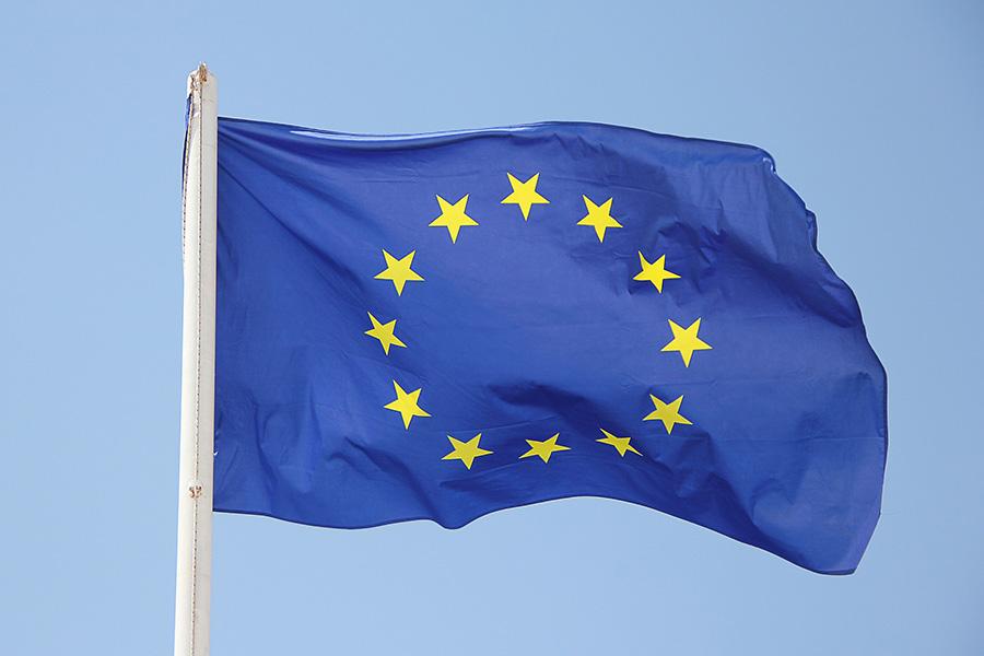 bandera europea que ilustra este post de conversia