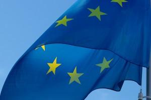 Imagen de la bandera de Europa para ilustrar un post de Conversia