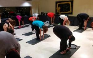 Algunos de los participantes durante la clase de pilates. Convención Conversia 2019