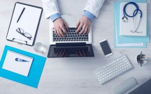 Foto medico para ilustrar post de conversia sobre denuncian faltan médicos